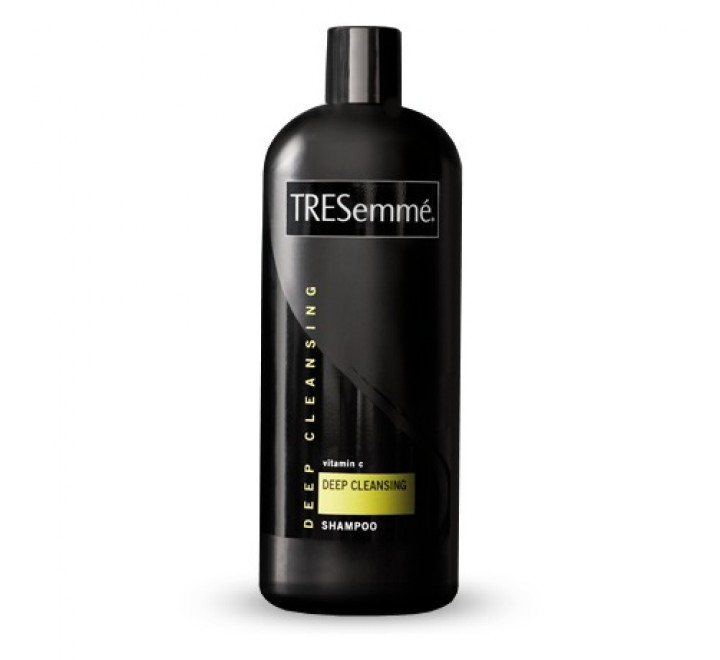 TRESemmé Deep Cleanse Shampoo Purify & Replenish (828ml)