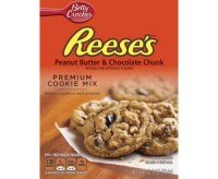 Betty Crocker Reese's Peanut Butter & Chocolate Chunk Cookie Mix (354g) (Best By 06-10-2016)